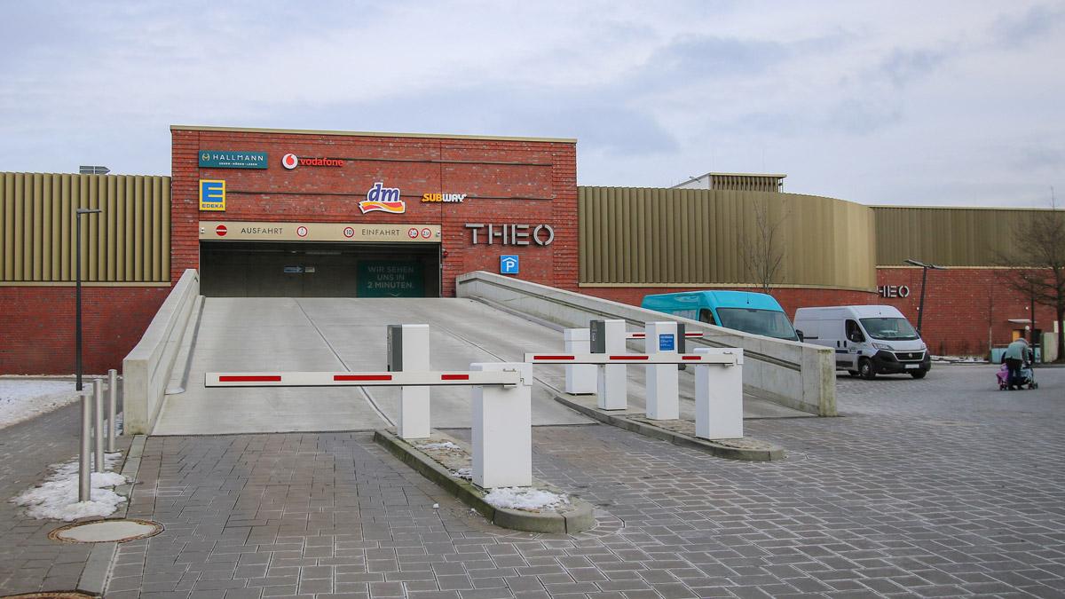 Parkhaus THEO Einfahrt Quickmarkt